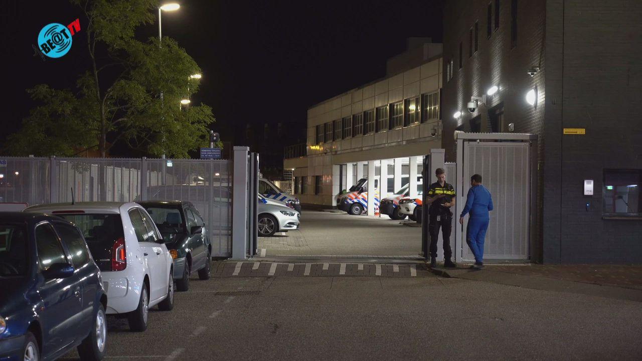 Plofkraak Alkmaar na onklaar maken toegangshek politiebureau (24 september 2021)